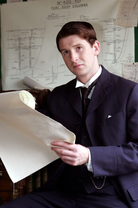 Damian O'Hare as Thomas Andrews